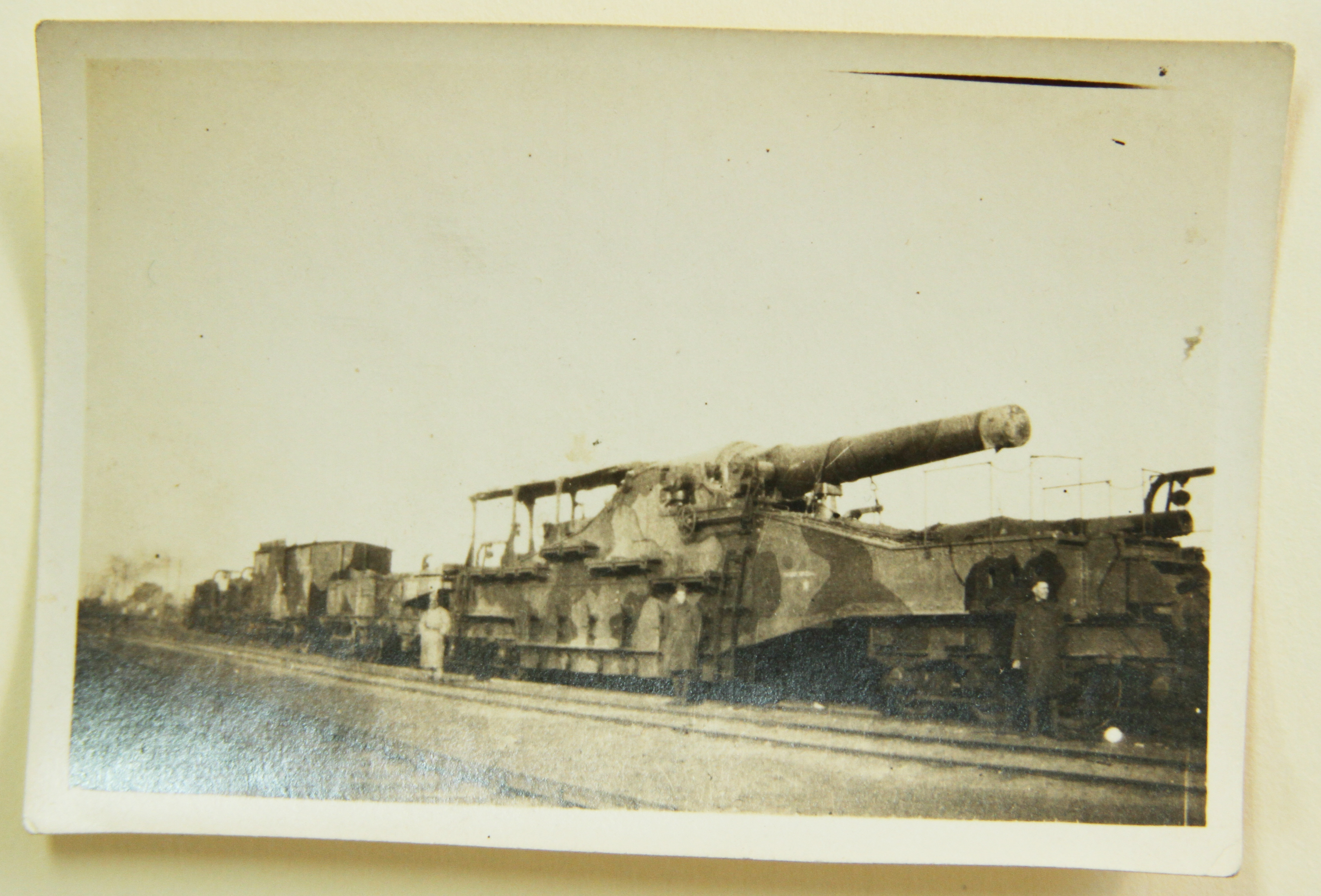 Large Gun, Earl L. Stahl Collection, Courtesy of Craig Bowers.