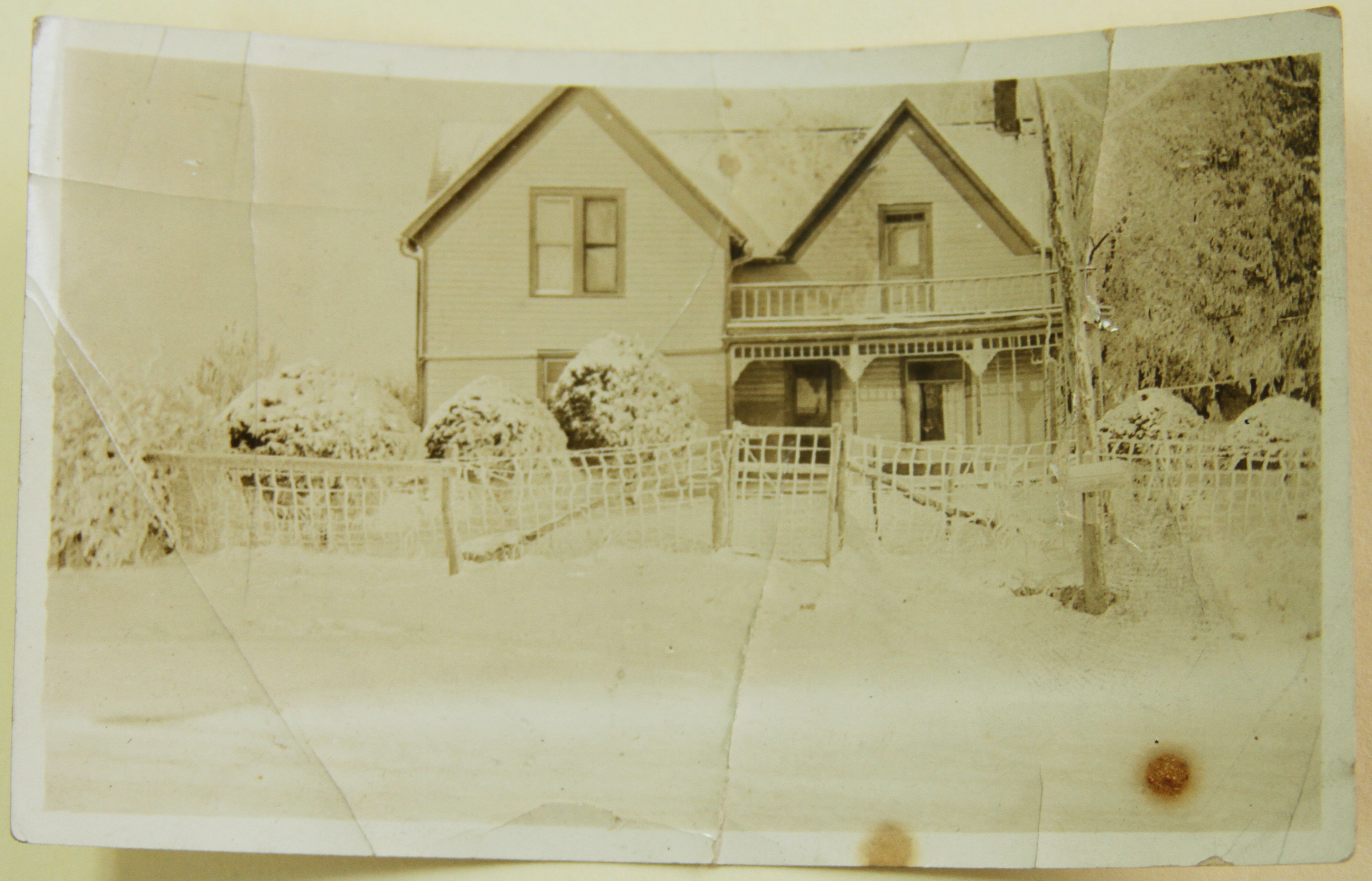 Earl L. Stahl's Childhood Home, Earl L Stahl Collection, Courtesy of Craig Bowers.